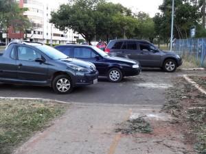 DSC09346_14-05-2016_AsaNorte_W5_Ciclovia_Rua Viva_Carros_Bloqueio_edit