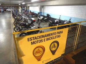 DSC03662_05-07-2016_AsaNorte_Boulevard Shopping_Bicicletario_Motos_edit