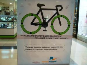 DSC04934_Cartaz_ConjuntoNacional_VagasBicicletas_Bicicletario_edit