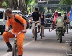 IMG_9724_13-10-2014_Mundurucus_Ciclofaixa_Bicicletas_SELECAO_edit2