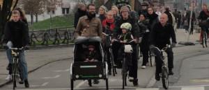DSC01058_Bicicletas_Copenhague_congestionamento_CaixaCrianca_BebeCadeirinha_edit2