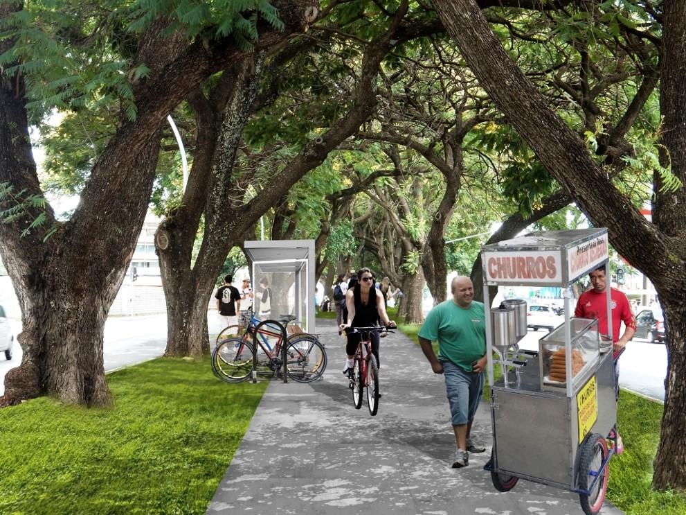 Pessoas andando em calçada perto de árvore  Descrição gerada automaticamente