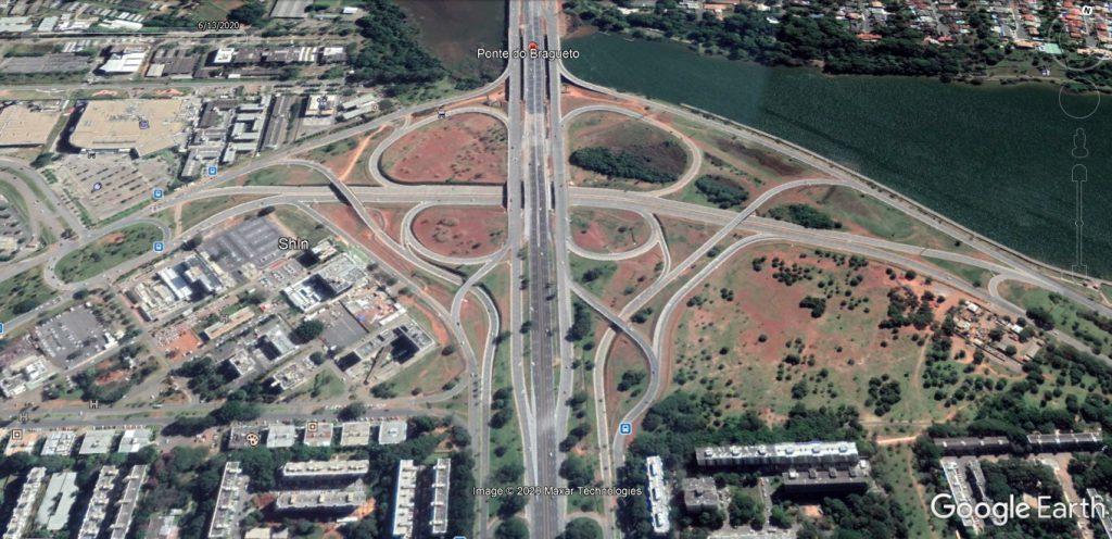 Uma imagem contendo edifício, estrada  Descrição gerada automaticamente