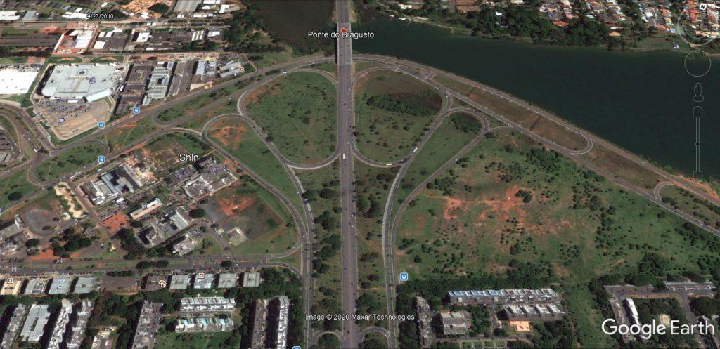 Uma imagem contendo edifício, circuito, estrada  Descrição gerada automaticamente