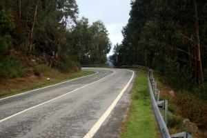 Pista compartilhada no norte de Portugal - sem acostamento