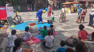 Ocupação do espaço público com atividades lúdicas no último dia do seminário - Créditos: Mova-se