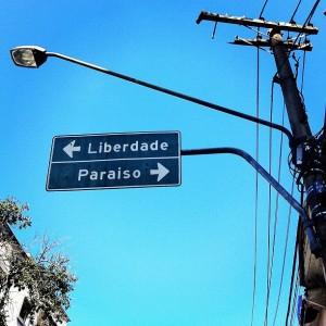 Entre o Paraíso e a Liberdade