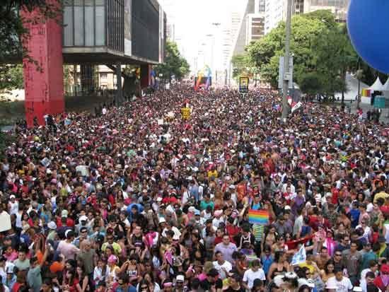 Parada Gay na Av. Paulista