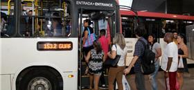 Metade (53%) abandonaria o carro por outra opção de transporte