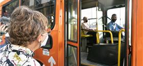 Prefeitos pedem auxílio emergencial e mudanças no transporte público