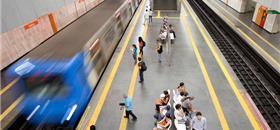 Com celular, será possível embarcar e comprar passagem de metrô no RJ