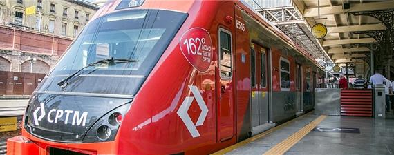 Novo trem expresso inicia operação na RMSP