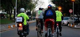 Bicicleta com laboratório móvel, no Desafio Intermodal de Curitiba
