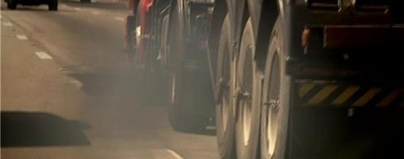Presidente do BNDES defende gás natural para caminhões