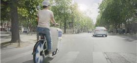 Paris testa cargo-bikes elétricas para socorro médico de emergência