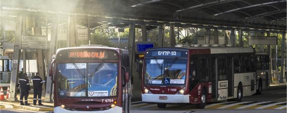 Material particulado dos ônibus causa mais de 4 mil mortes por ano em SP