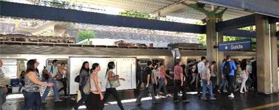 RM de Belo Horizonte sofre com falta do transporte sobre trilhos