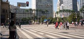 Prefeito de São Paulo sanciona Estatuto do Pedestre