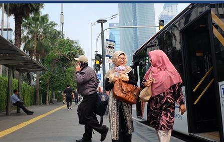 TransJakarta, o BRT de Jacarta, na Indonésia