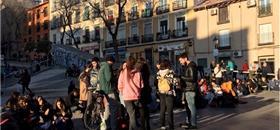 Jovens na Espanha querem menos carros e mais transporte público