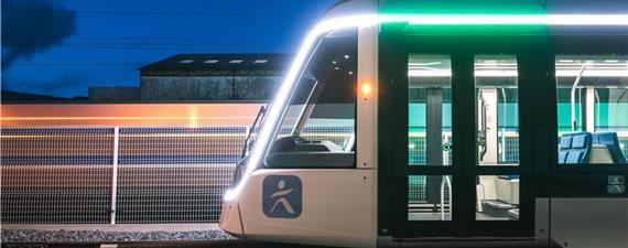 Paris ganha uma nova linha de VLT com bondes iluminados