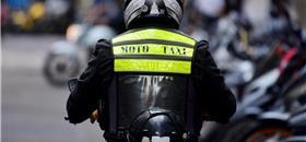 Justiça libera mototáxis em SP