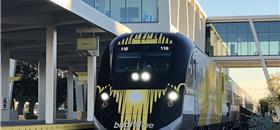 Trem rápido começa a operar em Miami neste sábado (19)
