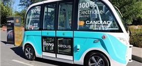 Ônibus elétrico autônomo é testado em cidade do Canadá