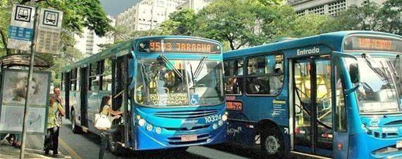 Transporte público é mais caro para o brasileiro