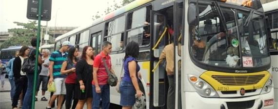 Contra o Uber, empresas de ônibus passam a notificar cidades