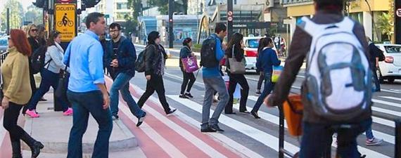 Ciclistas e pedestres de SP divulgam carta aberta ao prefeito Bruno Covas