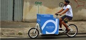 Empresa de entregas em bike ganha prêmio internacional de energia limpa