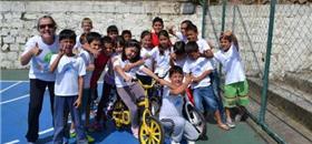 Professora de Florianópolis leva projeto Bicicleta na Escola à Holanda