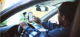 Carros de aplicativo arrecadam mais que ônibus em cidade paulista