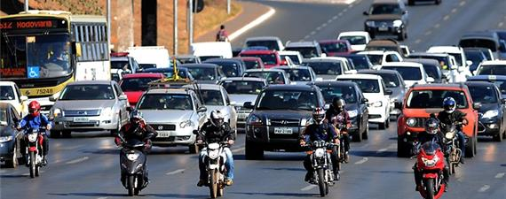 Ministério das Cidades assina acordo para redução de mortes no trânsito