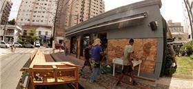 Santos, no litoral de SP, vai ganhar três novos parklets