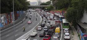 Com as novas opções de transporte, carro e táxi perdem competitividade