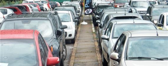 Zona Verde em Brasília: espaço para uso do pedestre e do ciclista