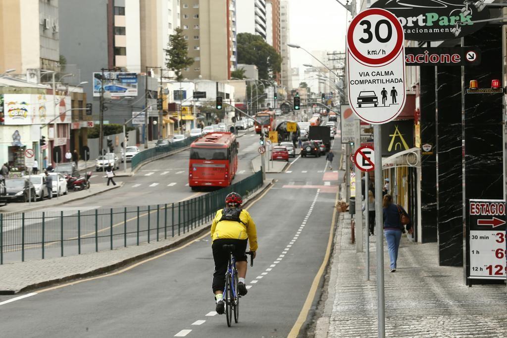 488697aef41 Os bons agouros da bicicleta em Curitiba