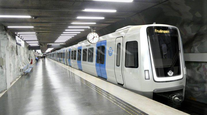Metr de estocolmo su cia ter novo modelo de trem - Metro de estocolmo ...