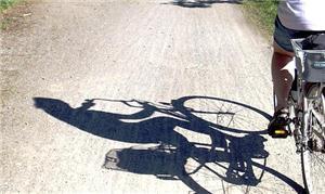 A falta de espaço para os ciclistas em Maringá é u