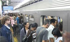 A ideia é que o metrô chegue ao centro do bairro E