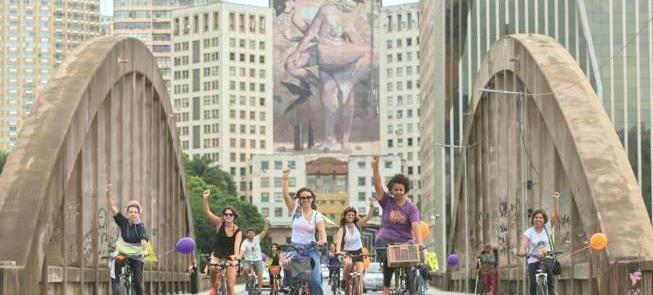 Ação de mulheres ciclistas em Belo Horizonte