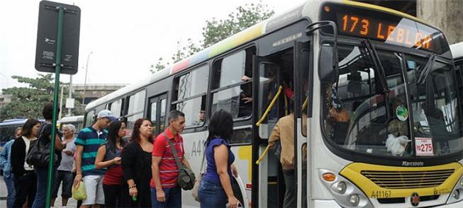 Acesso a ônibus no Rio de Janeiro