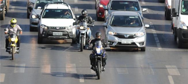 Acidentes com motos envolvem 2,7 milhões de pessoa