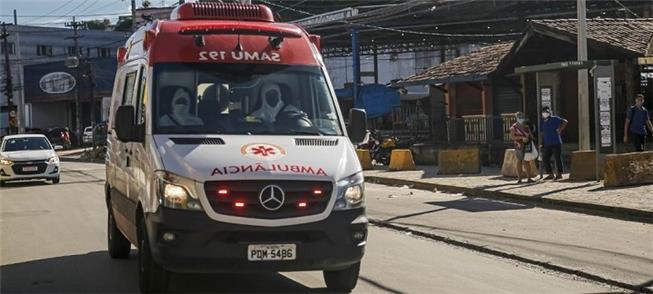 Ambulância no Recife: acidentes voltando ao