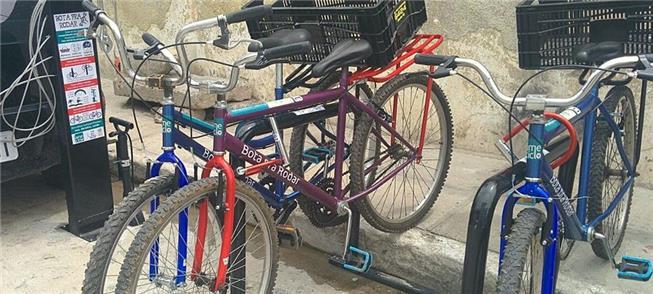 Ameciclo inaugura estação de sistema de bikes comu