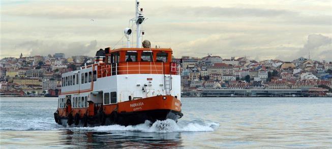 Balsas a diesel, poluidoras, deixarão de navegar n