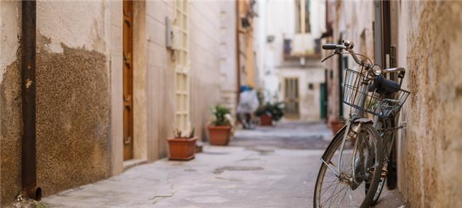 Bari, na Itália, vai pagar a quem se deslocar de b