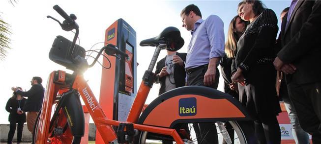 Bicicleta nova na Estação Iberê, a primeira do Bik